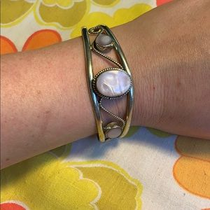 Jewelry - Vintage Mother of Pearl Cuff